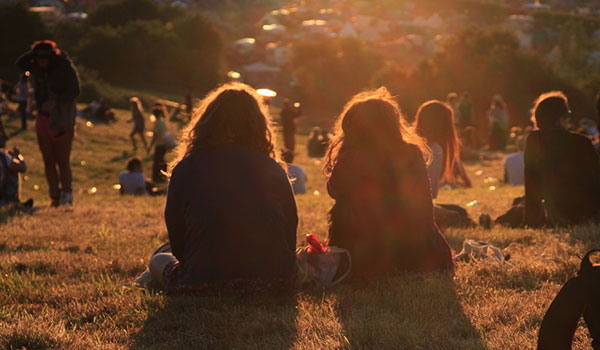 mindfulness sitting with friends 3 mindfulness tips to help you break away from your busy life