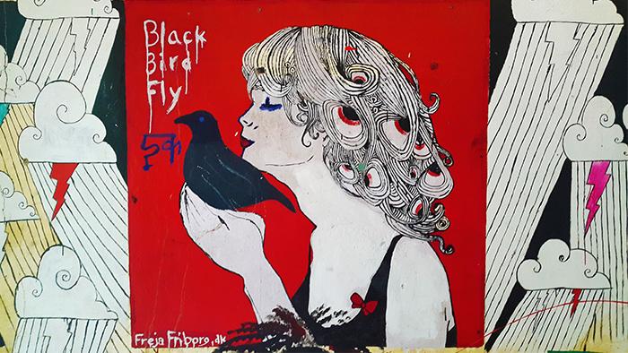 blackbird-fly