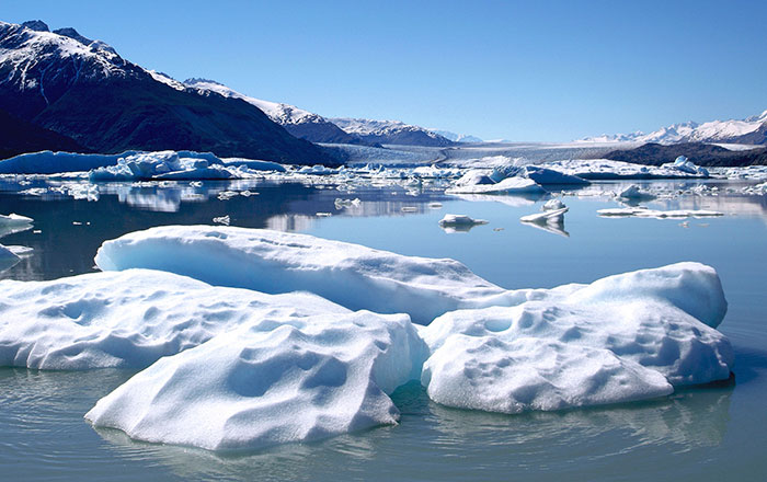 Argentina-El-Calafate-Glaciers