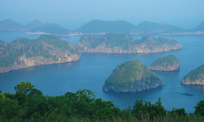 Vietnam-Cat-ba